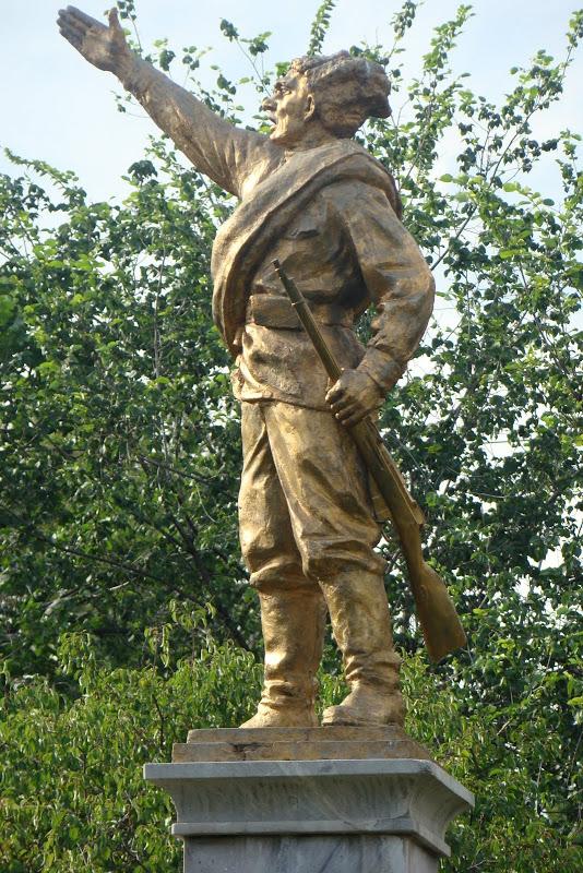 2. Погибшим в годы гражданской войны
