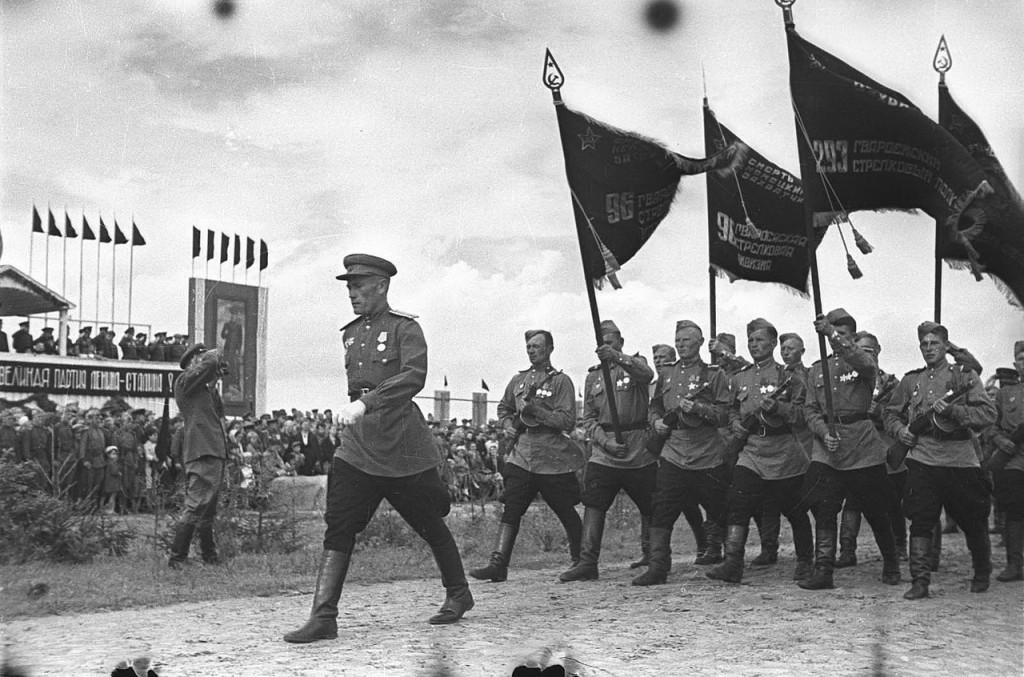Парад в Бобруйске