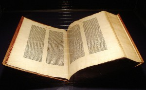 800px-Gutenberg_Bible_Mainz_Copy