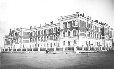 Духовная семинария сзади городской сад 12 июня 1907г1
