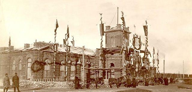 Историческое здание красноярского вокзала. 1890-е года.
